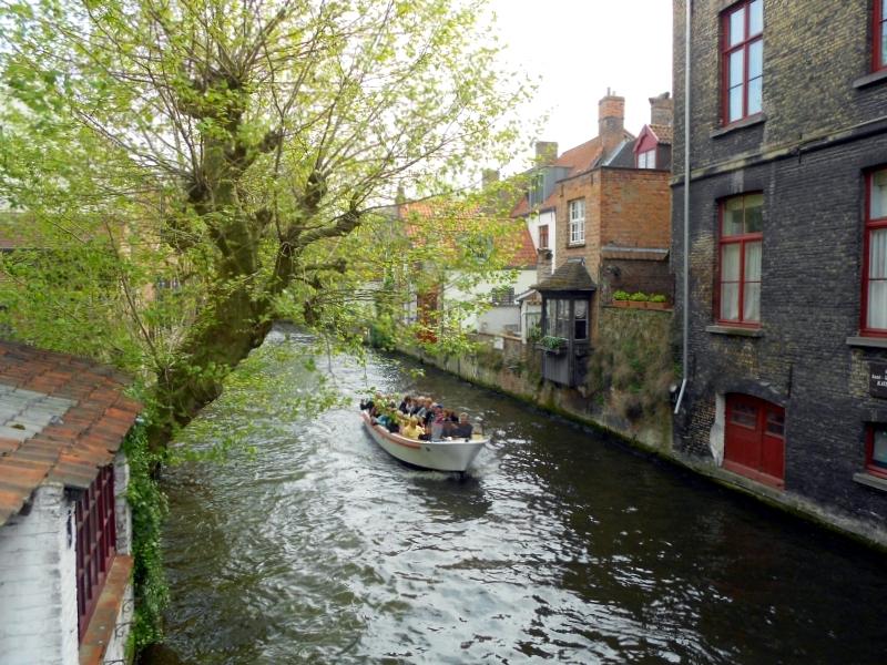 barca canali bruges