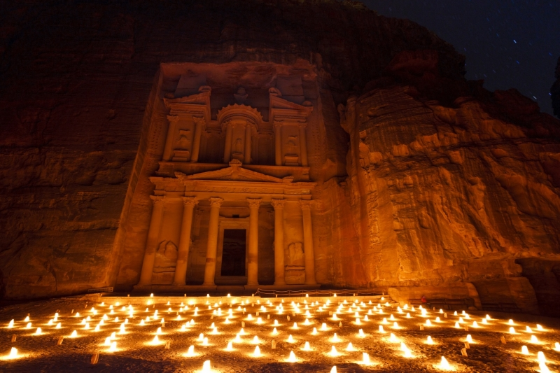 petra-by-night