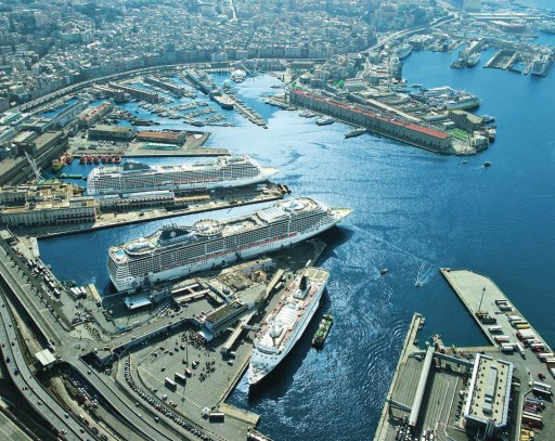 porto genova, navi al porto di genova