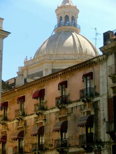 palazzi catania, centro storico catania, badia sant'agata catania