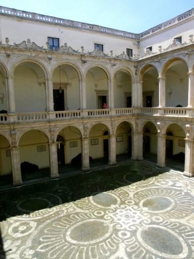 università catania, palazzi catania, storia a catania