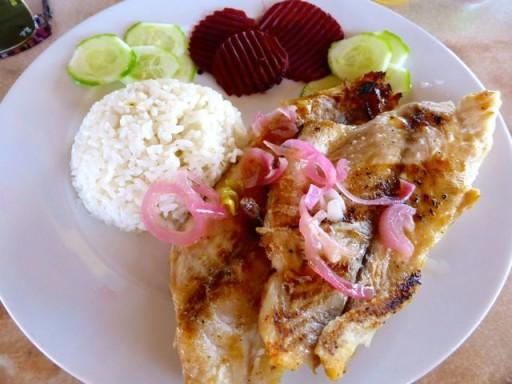 piatto di pesce a cuba, pesce grigliato a cuba, cucina cubana