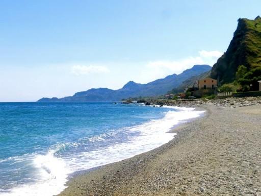 spiaggia sicilia, spiaggia forza d'agrò, spiaggia fondaco parrino