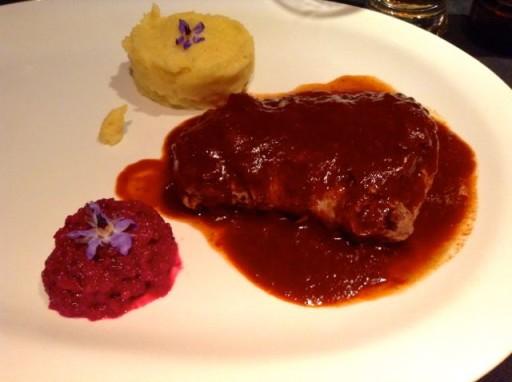 carne di alpaca, piatto peruviano, cucina peruviana