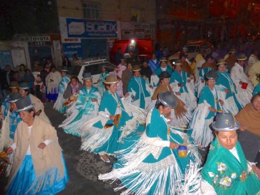 tradizizoni perù, abiti tradizionali perù
