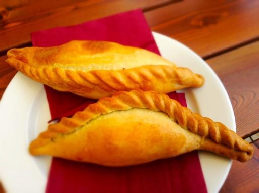 piatto tipico lituano, kibinai