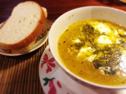 zuppa lituana, piatto tipico lituano, cucina lituana