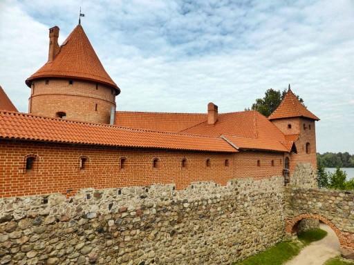 fortificazioni castello trakai