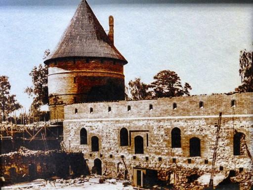 ricostruzione castello trakai