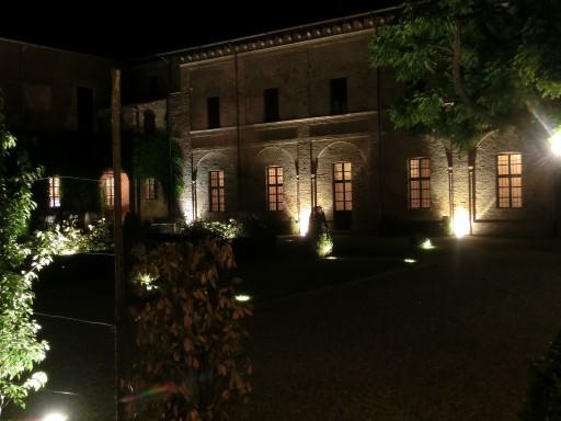 Di notte l'abbazia fa venire i brividi!