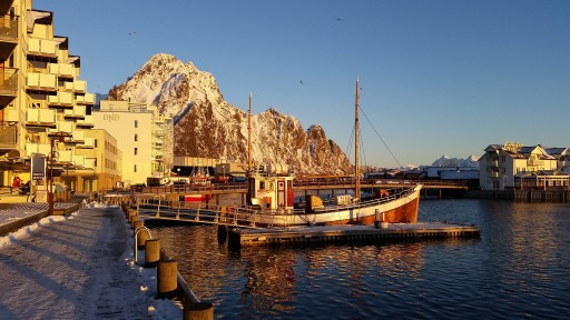 Svolvaer (ph. by Lofoten Lights & Nature)
