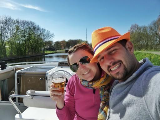 Festeggiare il 35 esimo compleanno col birra e tramonto sul canale