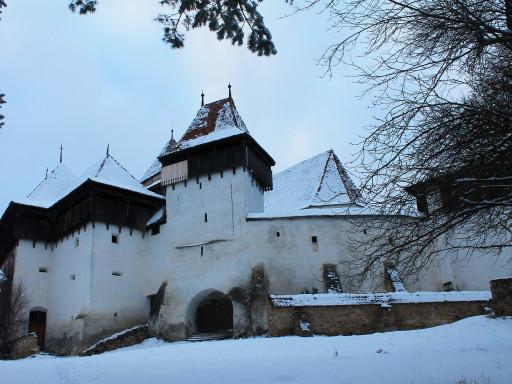 La chiesa fortificata di Viscri, l'atmosfera abbandonata fa molto Transilvania. D'estate dicono si animi.
