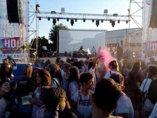Holi dance festival Budoni