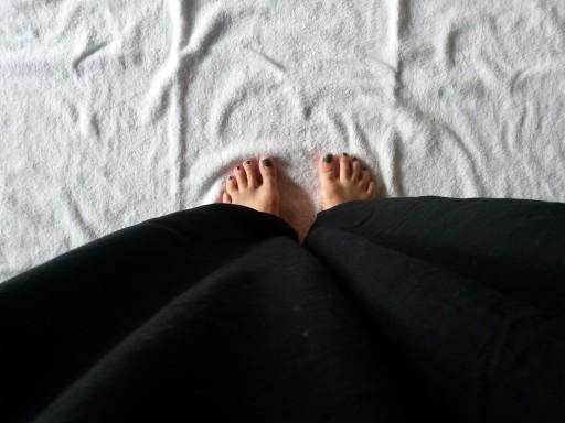 Abiti comodi e asciugamano di cotone, prontissima per lo yoga olistico