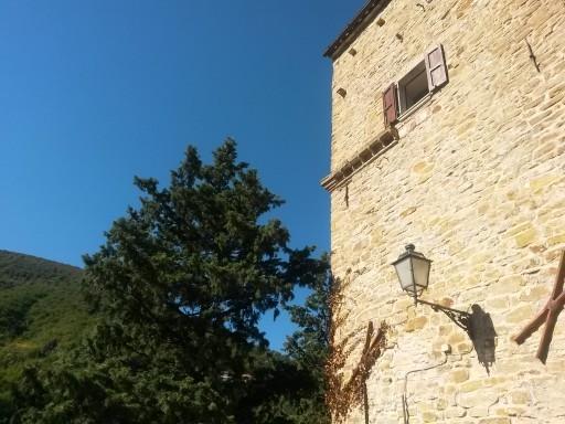 Tra storia e natura si incastra Serra San Quirico