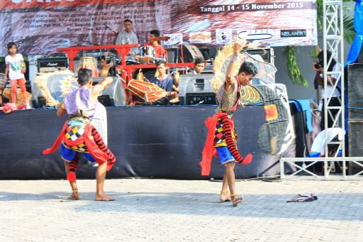 Danze javanesi a un Festival a Yogyakarta. Scovate per caso e per caso vi abbiamo ritrovato chi ci aveva suggerito cosa vedere in città