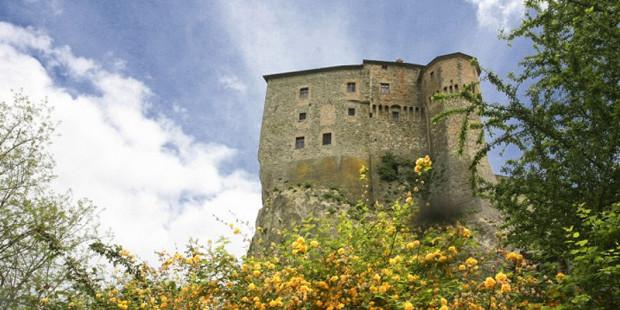 castello-santagata