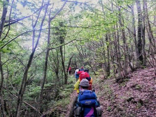 Sentieri stretti, tratti in salita che dall'Emilia ci portano in Toscana