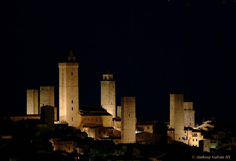 San Gimignano - foto di Anthony Galvan da trekearth.com
