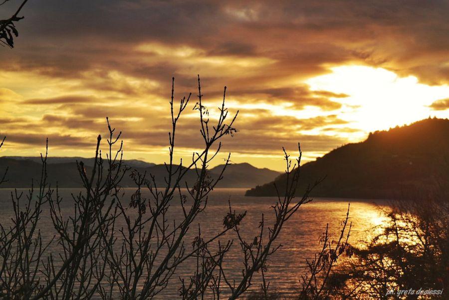 LochNess al tramonto