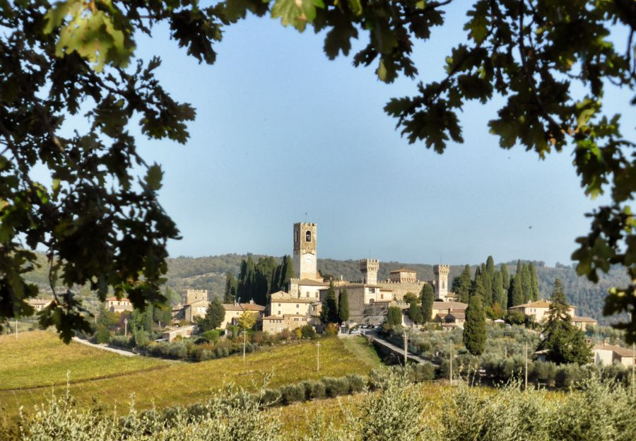 Weekend in auto di lusso sulle colline Toscane