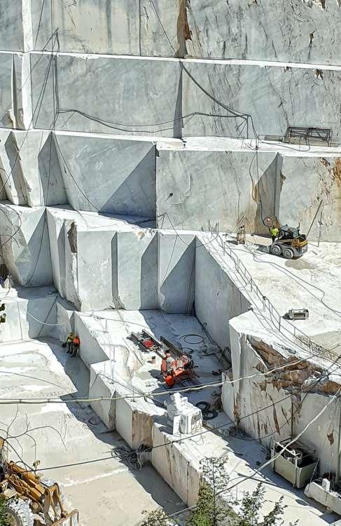 cave marmo di Carrara